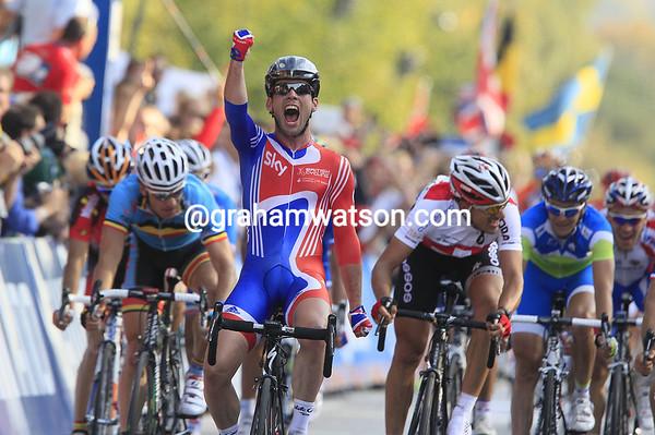 Yes, Great Britain has its first World Road champion since Tom Simppson, and that was 46 years ago..!