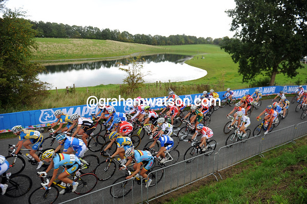 The peloton is still together after the first lap...