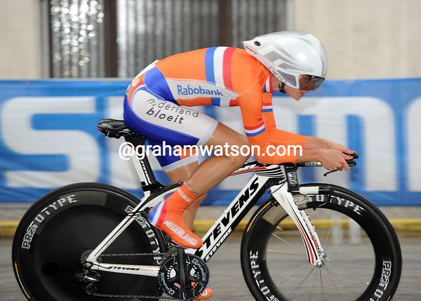 Marianne Vos was quite off the pace today - the Dutchwomen took 10th, 56-seconds down...