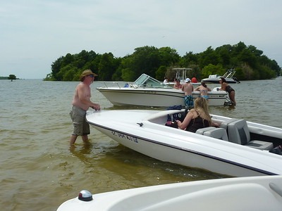 2012 - 05 - 12 First trip to the sand bar