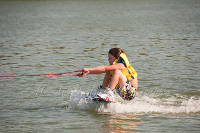 0497 Connor wakeboarding