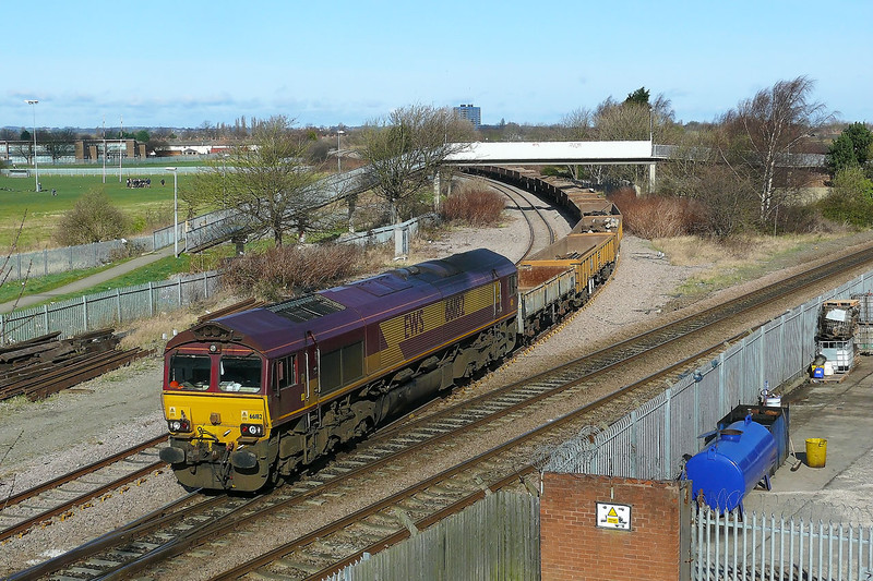 66182 is seen crossing Hessle Road Jn whilst working 6T52 0955 West Parade Jn - Doncaster Up Decoy loaded spoil/sleeper engineers working this train had been involved with the engineering operations taking in the Hull area 10/03/2012