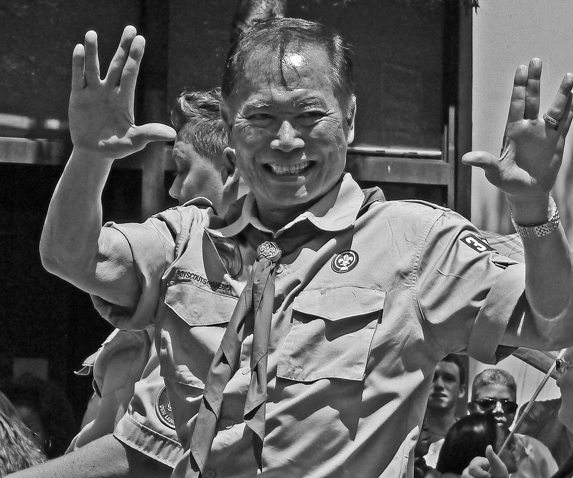 "GEORGE TAKKEI AT PARADE-""LIVE LONG AND PROSPER""- GX1- PANASONIC 90-400MM EFL (AT 181MM)"