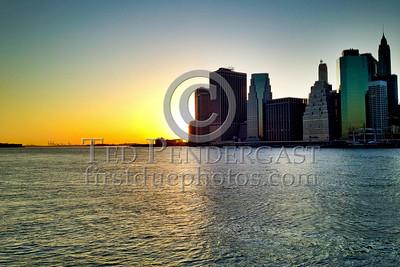 Sunset viewed from Brooklyn Bridge Park