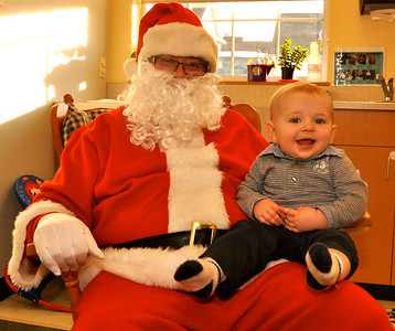 2012_12_19.Santa at TGY