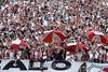 Argentina - Buenos Aires: Hinchada de River. Escena del partido entre River Plate y Ferrocarril Oeste por el Torneo Nacional B. March 31, 2012. / Argentinien: Fussball. © Marcelo Somma/LATINPHOTO.org