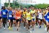 BRASIL 2012-04-22 PRIMEIRA ETAPA DE CORRIDA DE RUA SUPERACAO EM SAO JOSE DOS CAMPOS - SP BRASIL. / Carrera a pie. Correr. / People running at the CORRIDA DE RUA SUPERACAO. / Brasilien: Laufsport. © Lucas Lacaz Ruiz/LATINPHOTO.org