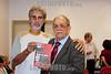 BRASIL 2012-04-21 O REVOLUCIONARIO PEDRO LOBO DE OLIVEIRA MILITANTE DA VPR VANGUARDA POPULAR REVOLUCIONARIA FOI HOMENAGEADO ONTEM A NOITE COM O TITULO DE CIDADAO JOSEENSE NA CAMARA MUNICIPAL A PEDIDO DA VEREADORA AMELIA NAOMI - PT. PEDRO LOBO FOI EXILADO PARA DIVERSOS PAISES COMO ARGELIA, CUBA, CHILE, ARGENTINA E ALEMANHA ORIENTAL ATE RETORNAR AO BRASIL NA ANISTIA. NA FOTO  JORNALISTA JOAO ROBERTO LAQUE. / Brasilien: Pedro Lobo. © Lucas Lacaz Ruiz/LATINPHOTO.org