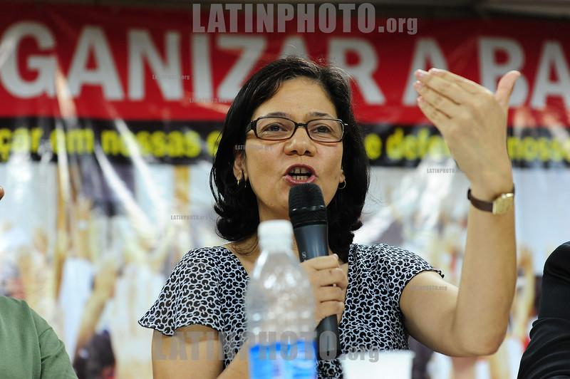 2012-04-17 AUDIENCIA PUBLICA SOBRE A SITUACAO DAS CRIANCAS DESALOJADAS DO PINHEIRNHO, PROMOVIDA PELO DEP ESTADUAL MARCO AURELIO DE SOUZA - PT NO SINDICATO DOS METALURGICOS DE SAO JOSE DOS CAMPOS - SP. NA FOTO A PRESIDENTE DO CONANDA MIRIAM MARIA JOSE DOS SANTOS. / Brasilien: Meeting betreffend der Aufhebung der Armensiedlung Pinheirinho. © Lucas Lacaz Ruiz/LATINPHOTO.org