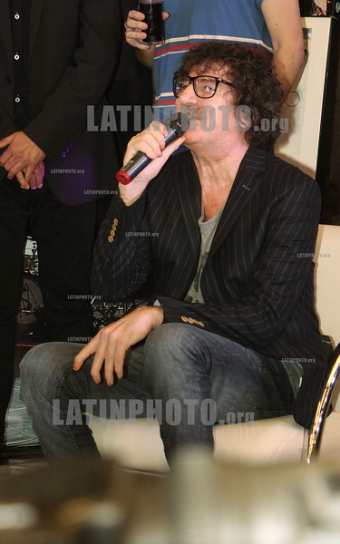 "Argentina: Charly Garcia en una conferencia de prensa donde presento su ultimo disco ""60x60"". / Singer-songwriter Charly Garcia. / Argentinien: Der  argentinischer Musiker Charly Garcia. © Marcelo Somma/LATINPHOTO.org"