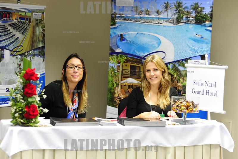 BRASIL 2012-03-31 PRIMEIRO MEETING DE HOTEIS E CONVENCOES ORGANIZADO NO HOTEL PROMENADE EM SAO JOSE DOS CAMPOS - SP BRASIL ORGANIZADO PELA JORNALISTA E ECONOMISTA ELZA VOLCOFF DO GUIA DE HOTEIS, VOLTADO PARA SECRETARIAS E AGENTES QUE CONTRATAM HOTEIS E CONVENCOES PARA AS EMPRESAS DA REGIAO DO VALE DO PARAIBA. TARCISO GARGIONI VP COMERCIAL & MARKETING DA AVIANCA. / Agencia de viajes. / Meeting. / Brasilien: Kongress der Reisebranche und Hotelerie in Sao Jose dos Campos. © Lucas Lacaz Ruiz/LATINPHOTO.org