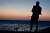Cuba: Un hombre pesca en el Malecon de la Habana. / A man fishes at Havana´s Malecon (water front). 2012. / Kuba: Fischer am Malecon in Havanna. © Ariel Levi/LATINPHOTO.org