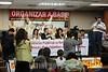 2012-04-17 AUDIENCIA PUBLICA SOBRE A SITUACAO DAS CRIANCAS DESALOJADAS DO PINHEIRNHO, PROMOVIDA PELO DEP ESTADUAL MARCO AURELIO DE SOUZA - PT NO SINDICATO DOS METALURGICOS DE SAO JOSE DOS CAMPOS - SP. NA MESA DA ESQ P DIR ANTONIO DONIZETI FERREIRA - PSTU ADVOGADO DO PINHEIRINHO, MIRIAM MARIA JOSE DOS SANTOS PRESIDENTE DO CONANDA, DEP ESTADUAL MARCO AURELIO DE SOUZA - PT, ALESSANDRA PINHO DA SILVA DEFENSORA PUBLICA - CRIANCA E ADOLESCENTE, TONHAO DUTRA VEREADOR - PT, VALDIR MARTINS O MARROM LIDER DO PINHEIRINHO. / Brasilien: Meeting betreffend der Aufhebung der Armensiedlung Pinheirinho. © Lucas Lacaz Ruiz/LATINPHOTO.org