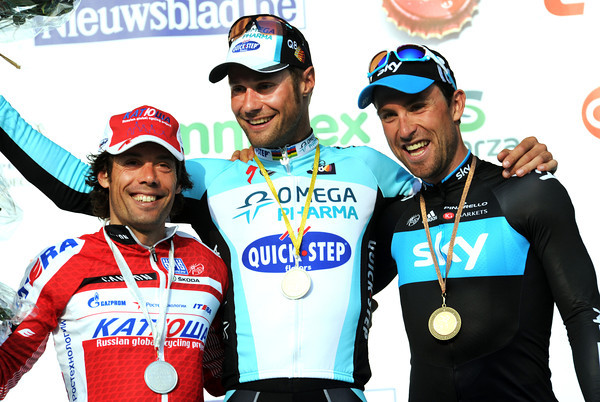 Tom Boonen celebrates with Oscar Freire and Bernhard Eisel - despite the smiles, it's been a very tough day..!