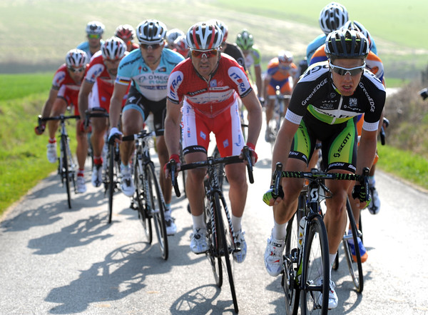A bigger group has formed around Cancellara and Sagan - with Langeveld leading for Green Edge...