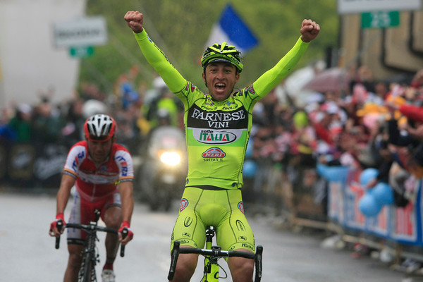 Matteo Rabottini wins stage fifteen ahead of Rodriguez who wins back the Maglia Rosa - Hesjedal is still 2nd overall...