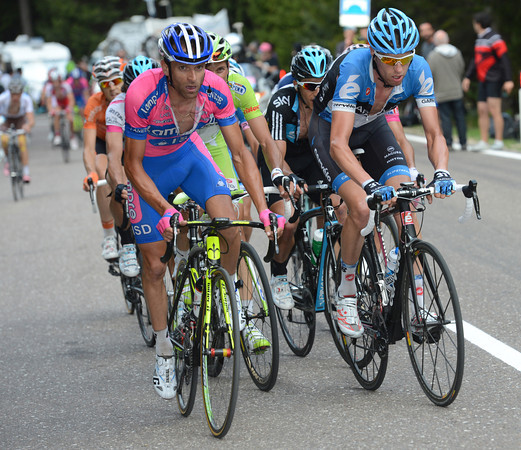 Hesjedal and Scarponi look stronger than anyone else in shrinking the group of favourites...