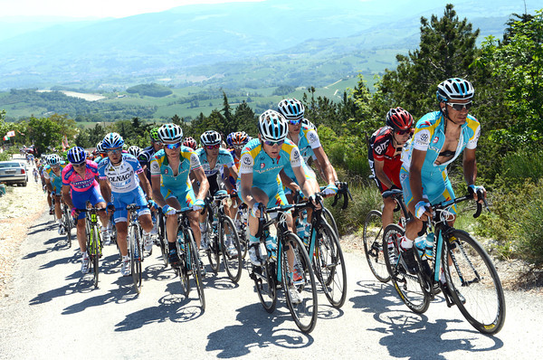 Astana and Lampre are controling the chase, which is not really a chase...