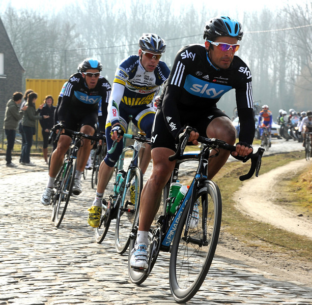 Flecha is in the Farra/Boonen group and perfectly placed for whatever the outcome...