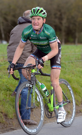 Thomas Voeckler senses a chance to jump across with Rolland now side-lined...