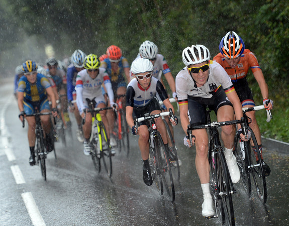 Judith Arndt is the strongest rider to chase - but the gap is already at 45-seocnds...