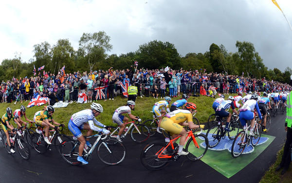 The women have attracted crowds at Box Hill on a similar scale to yesterday's men race...