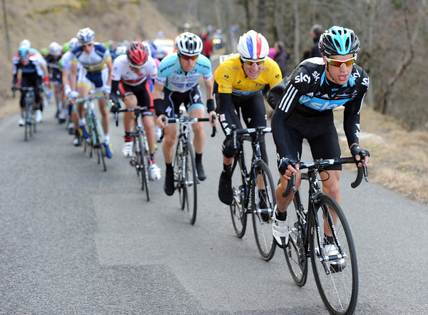 Richie Porte is leading Wiggins up the last climb, and deterring any attacks...