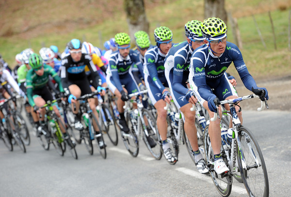 Movistar move to the front with one hour to go and three hours gone...