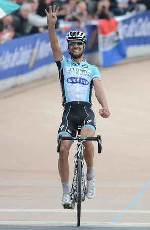 Tom Boonen wins the 2012 Paris-Roubaix - he signals a fourth victory in the race..!