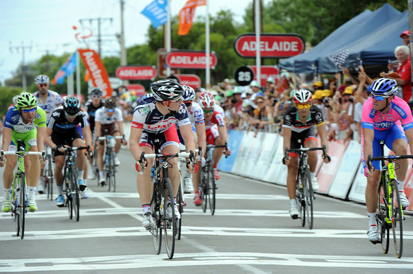 Greipel and Petacchi swap uncertainties at the result...