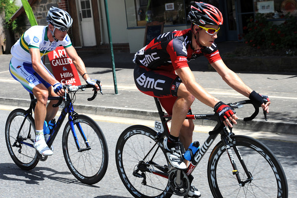 Kohler has taken both bonus sprints today, he could become the new race-leader by the finish...