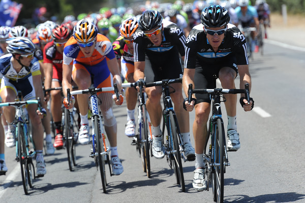 Michael Rogers stirs up the pace for Team Sky in a nasty crosswind...