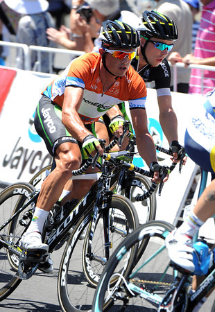 Simon Gerrans is locked up safely in the peloton, with the escaping riders taking any bonus seconds away from Alejandro Valverde...