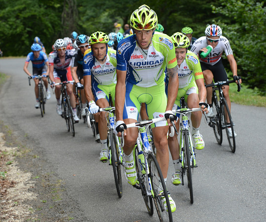 Daniel Oss is leading a Liquigas chase that is also designed to unsettle Sky and Wiggins...