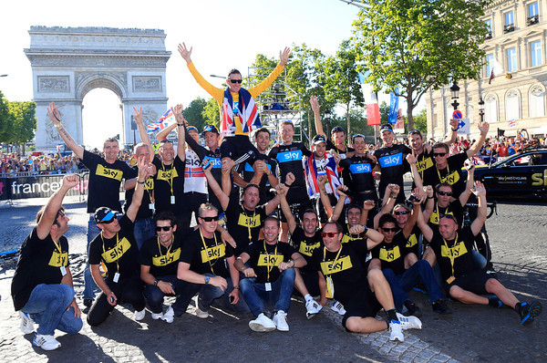 The cyclists and staff of Team Sky celebrate a very special day in Paris..!