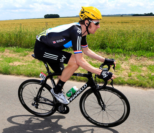 Are the sideburns of Bradley Wiggins actually getting longer..?