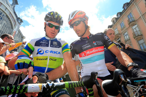 Fabian Cancellara seems to be analyzing the route with his mate, Stuart O'Grady...