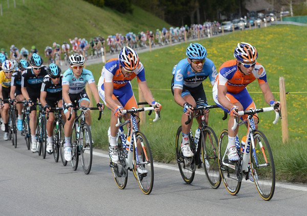 Rabobank are starting to worry about the escape - they send Michael Matthews to the front to chase harder...