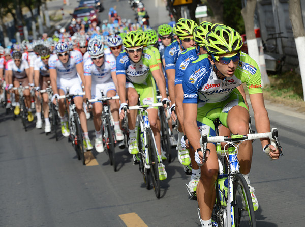 Liquigas is already chasing hard, keeping the gap to less than three minutes, 50-kilometres into the stage...