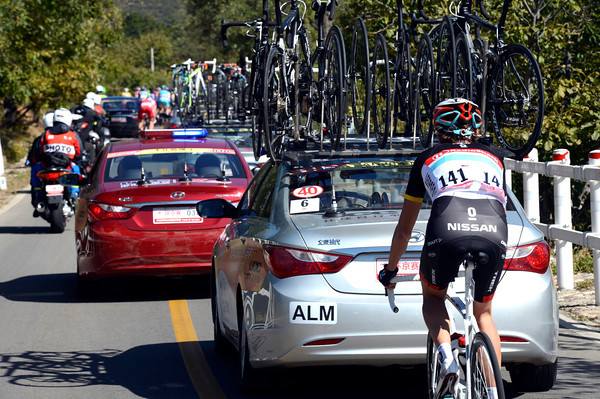 Andy Schleck has been dropped because of the high speeds - he'll abandon shortly...
