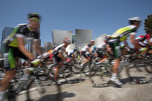 On the circuits now, the peloton powers past the Walt Disney Concert Hall.