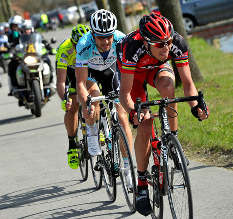 Ballan leads the trio of escapers towards Oudenaarde with a 45-seconds gap...