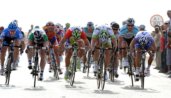 Marcel Kittel wins stage three, ahead of Greipel and Bouhanni - but Greipel takes back the race-lead..!