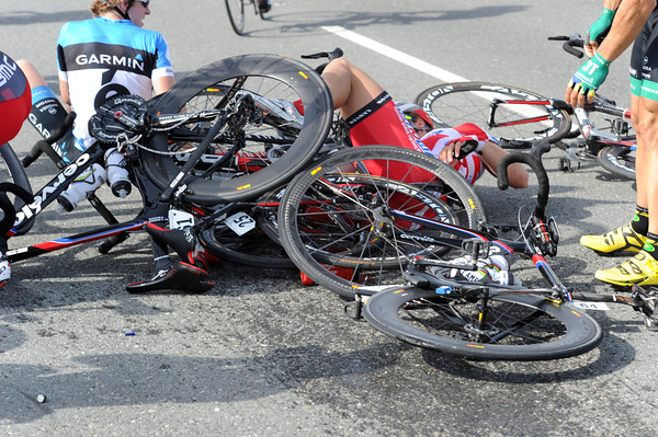 There are some expensive-looking bikes stacked up in this spill...
