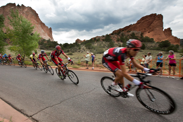 The BMC peloton has lined out the peloton in pursuit... they'll be onto the finishing circuits in Colorado Springs shortly...