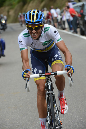 Alberto Contador now attacks on the following ascent of the Collado La Hoz - with 50-kilometres still to go..!