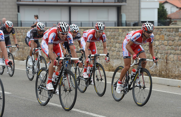 The Katusha team is in a state of panic with Joachim Rodriguez caught in the second half of the peloton...