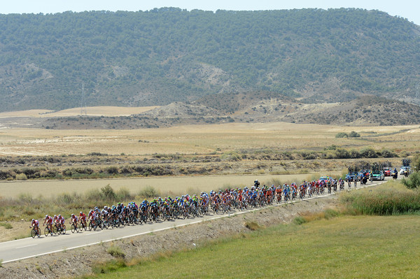 There's not a lot to distract or amuse the peloton in this dry area of Spain...