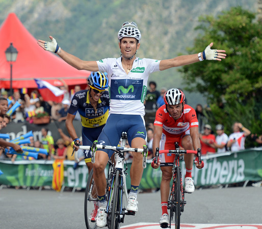 Alejandro Valverde wins stage eight after catching Contador with 200-metres to go..!