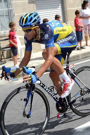 Contador will get back to the peloton easily - but the pressure is all on him in tomorrow's TT...